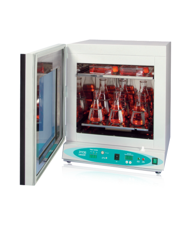 Shaking Incubator From Labnet International